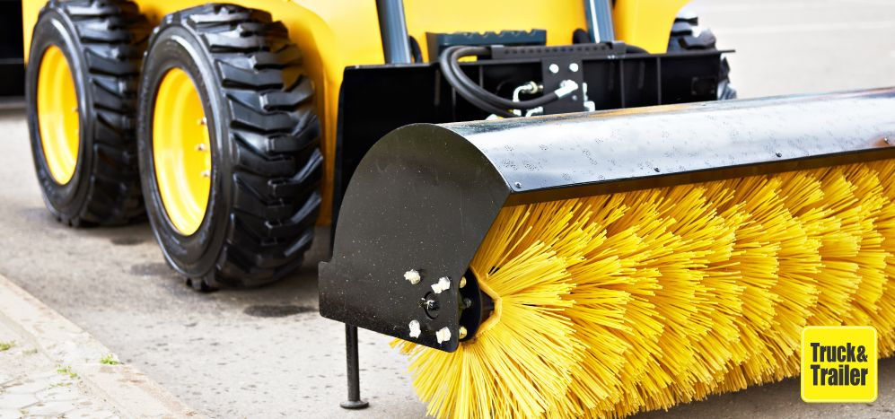 How to Buy or Sell a Mechanical Road Sweeper with Truck & Trailer