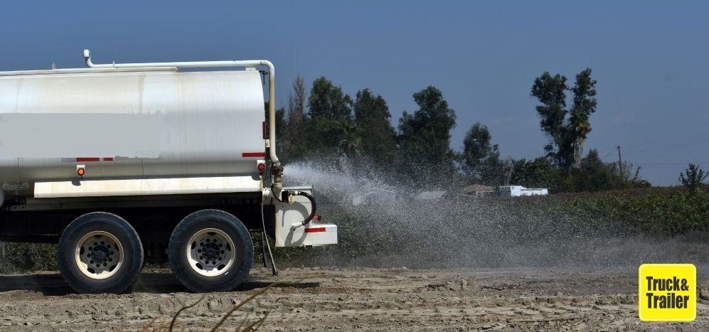Truck Mounted Water Tanker | Truck & Trailer