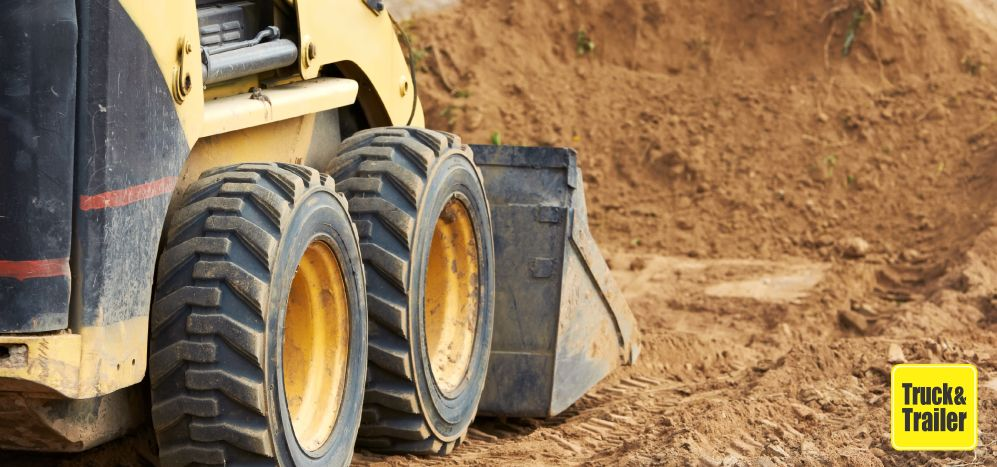 How to buy or sell a Skid Steer   Truck & Trailer