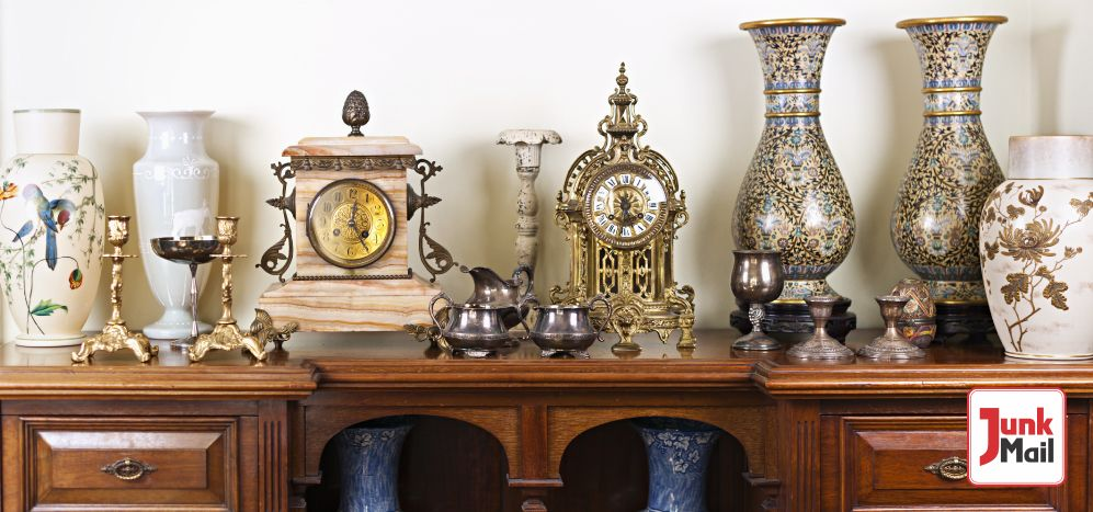 Buy or sell Antiques and Collectables with Junk Mail